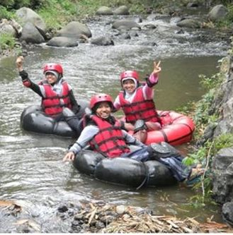 River Tubing Seru di Nongkojajar