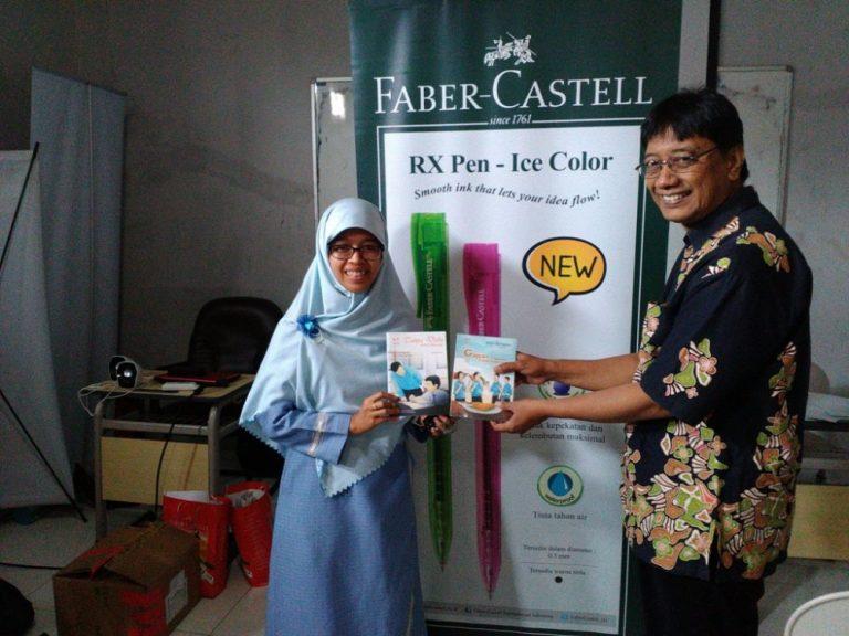 SMA Muhammdiyah 10 Surabaya: Talents Executive School.