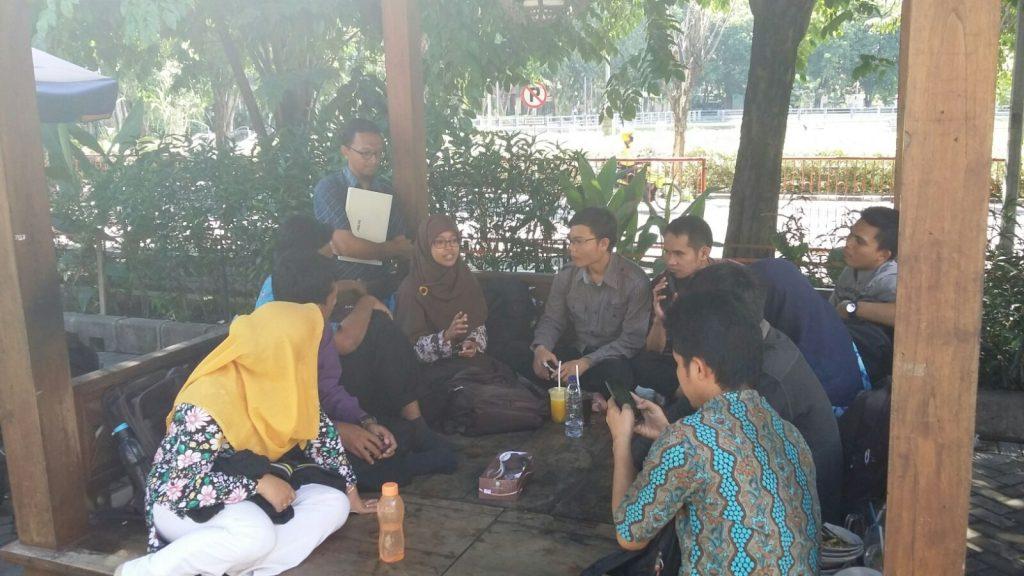 Sharing kepenulisan bersama Fauziah Rachmawati