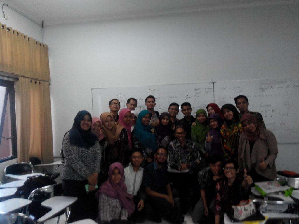 Bersama Bapak Prof. Dr. Warsono, M.S