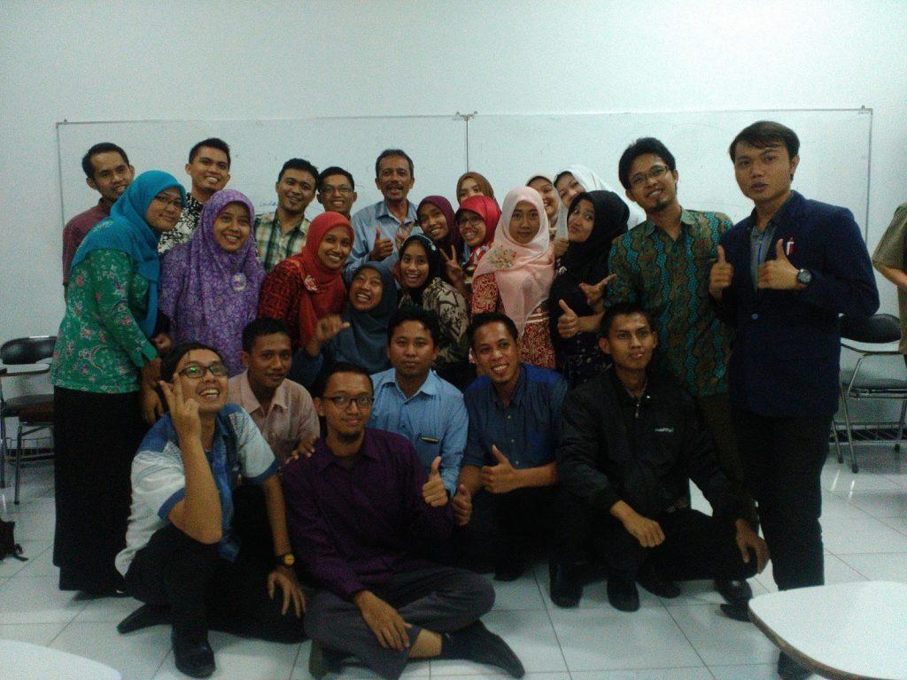 Bersama Prof. Dr. Mustaji. M.Pd