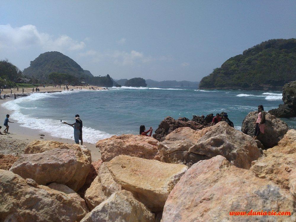 Catatan Perjalanan Wisata ke Goa Cina