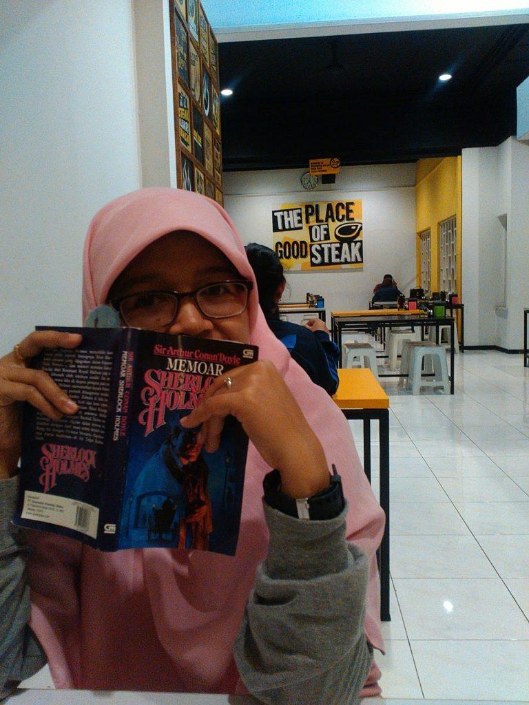 Meningkatkan Kemampuan Membaca dengan Reading Challenge FLP Jawa Timur