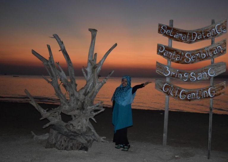 Senja di Pantai Sembilan Gili Genting