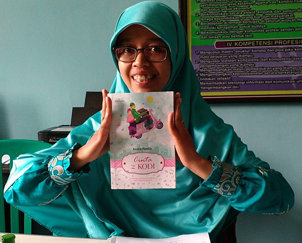 Cinta Dua Kodi: Perempuan Tangguh dalam Membangun Keluarga ...